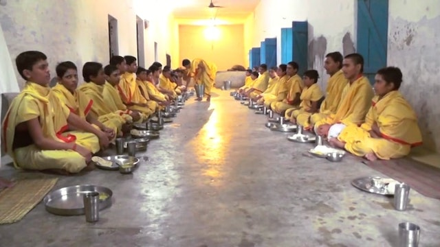 Food Service Blessing at Paramananda Ashram