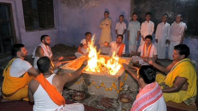 Oblations to the Fire using Vinayaka ...