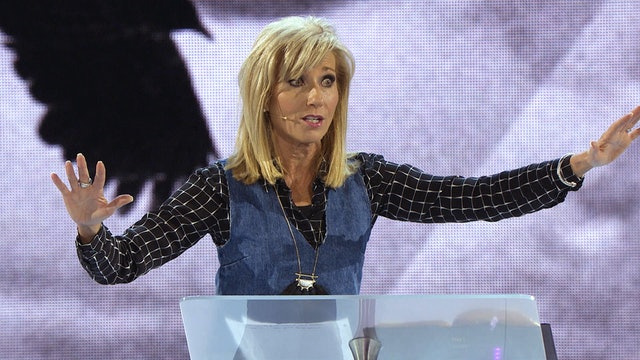 Live at Sydney - with Beth Moore