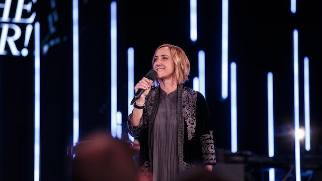A Faith That Sees Miracles by Christine Caine