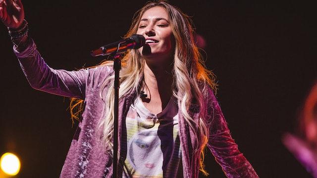 Worship Hour with Lauren Daigle