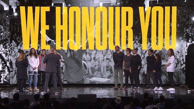Hillsong UNITED Honour Moment