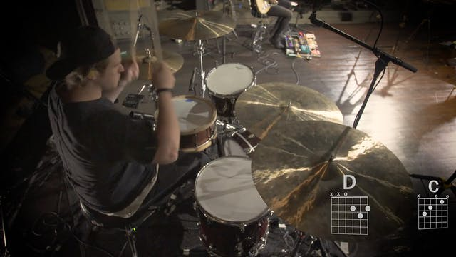 04-Crowns-Drums-Mix