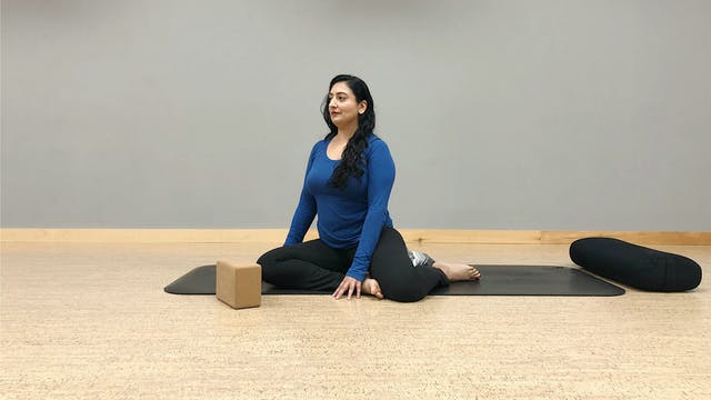 Yin Yoga: Seated Forward Folds with C...