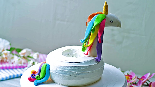 Unicorn Pool Float Cake