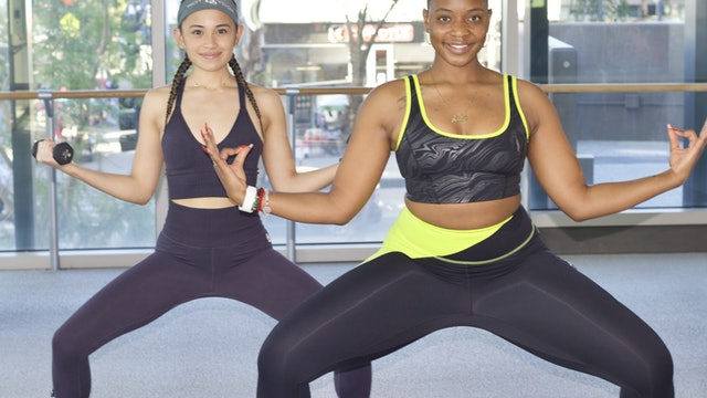 30-Min Yoga Barre with Dani L
