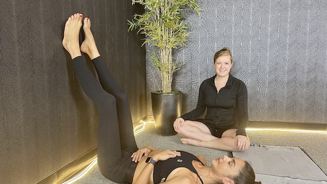 10-Min Bedtime Stretch with Kristen T