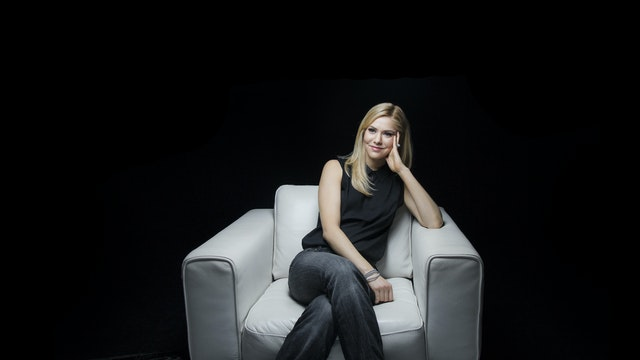 Kirsten Haglund White Chair Film (Season 8)