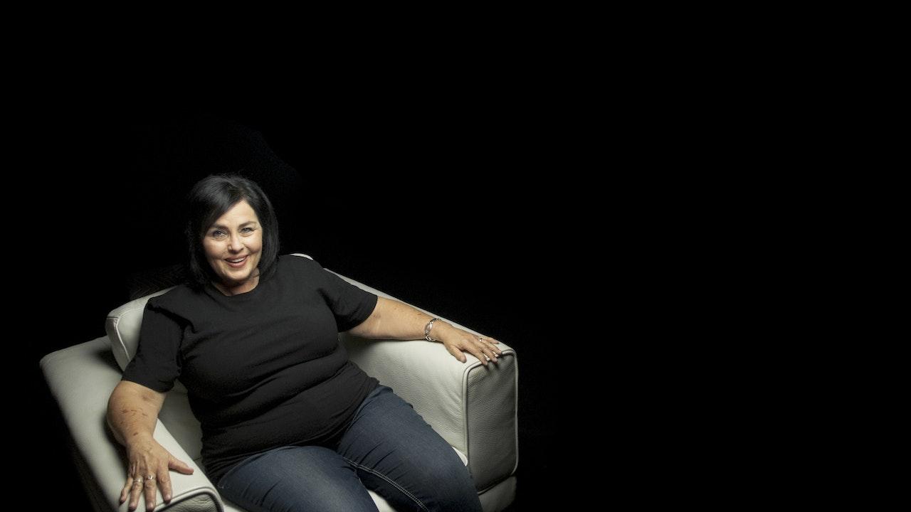 Kay Robertson White Chair Film (Season 7)