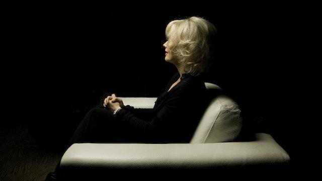 Janine Turner White Chair Film (Season 4)
