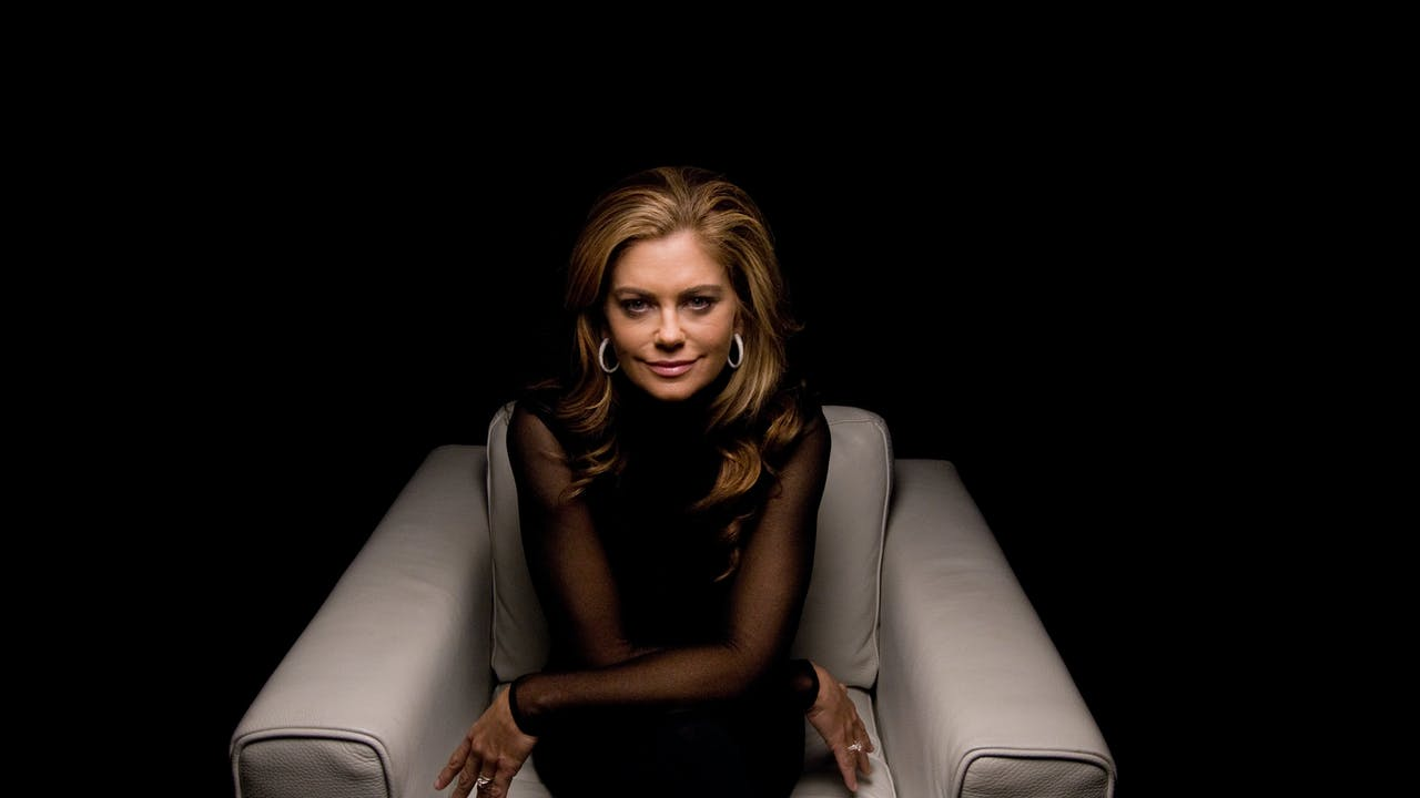 Kathy Ireland White Chair Film (Season 5)