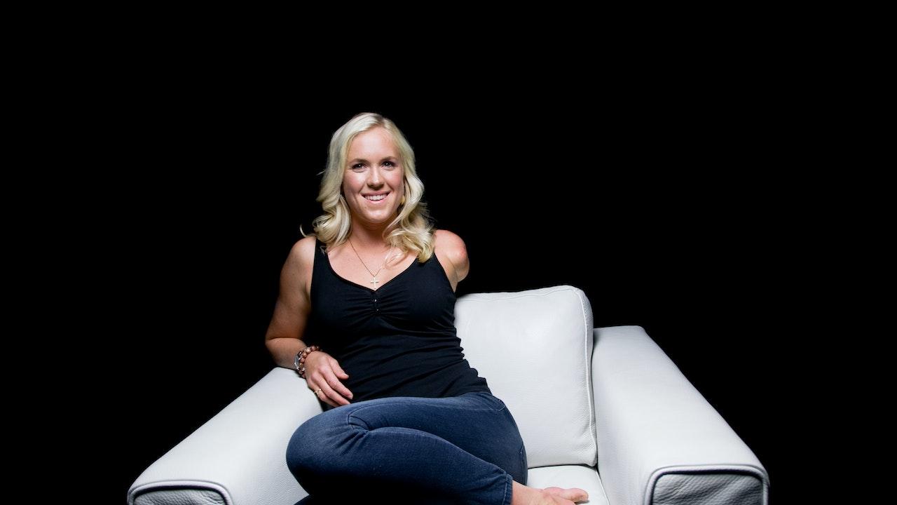 Bethany Hamilton White Chair Film (season 4)