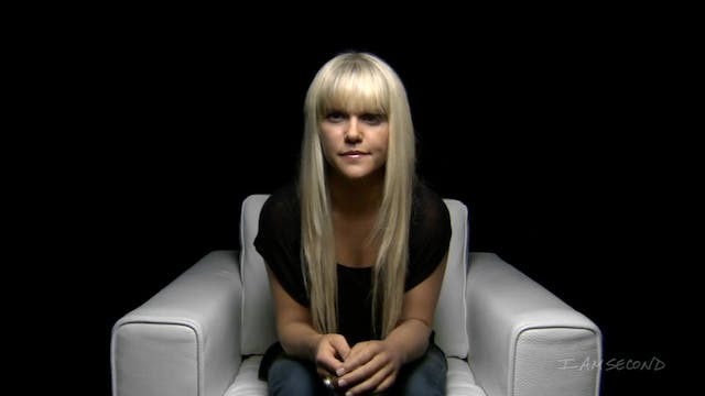 Lauren Scruggs White Chair Film HD