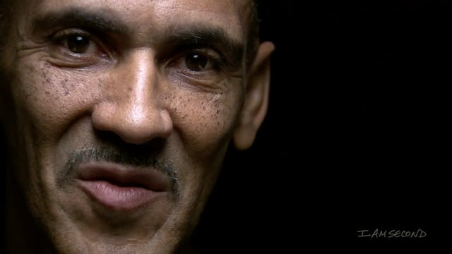 Tony Dungy White Chair Film HD