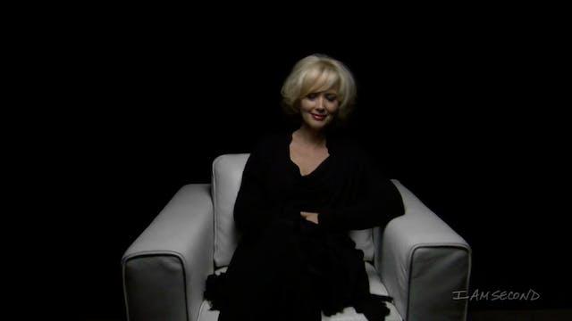Janine Turner White Chair Film HD