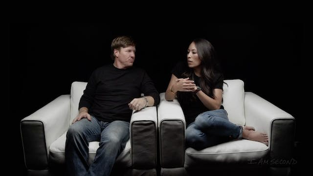 Chip & Joanna Gaines White Chair Film HD