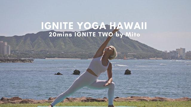 IGNITE YOGA HAWAII - 20mins Core Flow by Mito Kasuya