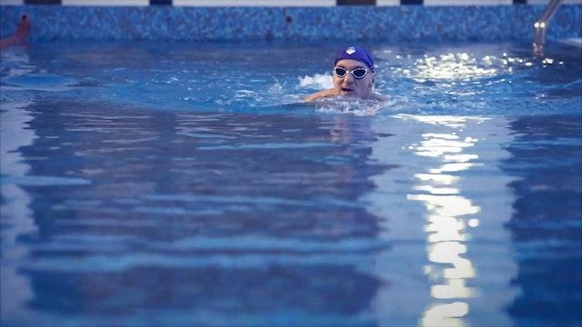 11. Плавание с поднятой головой