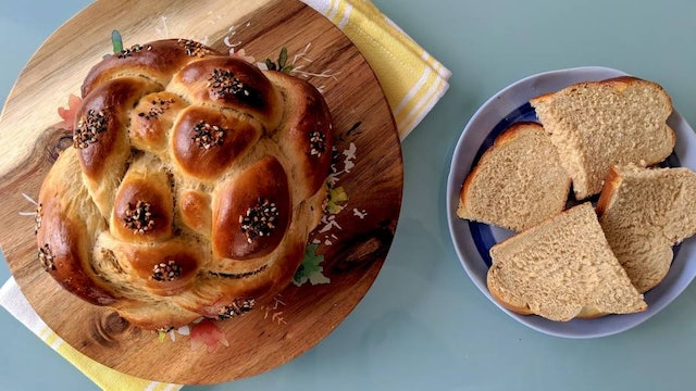The Best Whole Wheat Challah