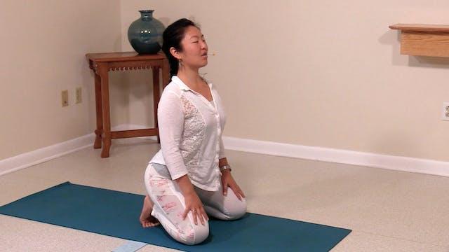 Hatha Yoga Tips: Lion Pose with Rukmi...