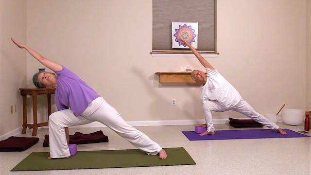 Hatha Yoga - Level 2 with Satya Green...