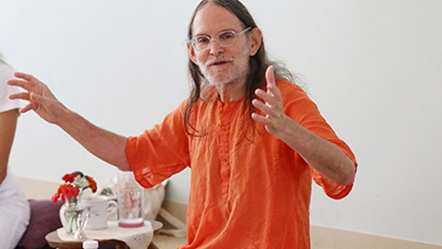 Swami Asokananda, Senior Sannyasi, E-RYT 500