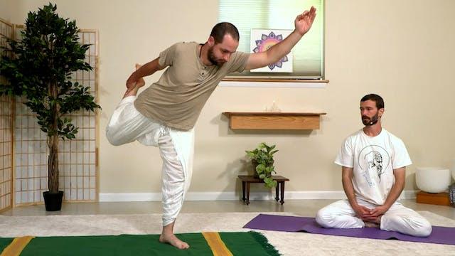Hatha Yoga - Mixed Level with Zac Par...