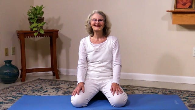 Hatha Yoga - Mixed Level with Hope Mell