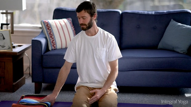 Hatha Yoga Tips: Use a Blanket! with Zac Parker
