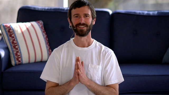 Hatha Yoga Tips: Hari Om Mantra with Zac Parker