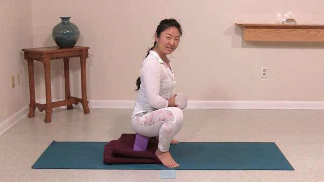 Hatha Yoga Tips: Garland Pose with Rukmini Ando