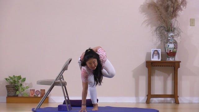 Hatha Yoga Tips: Tree Pose with Rukmi...