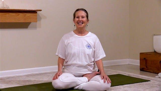 Hatha Yoga - Mixed Level with Sridevi...