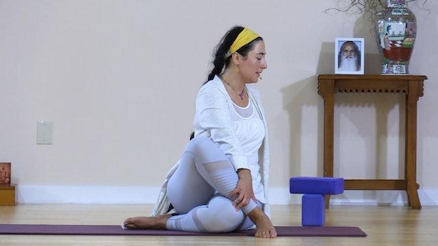 Hatha Yoga - Mixed Level with Malati Kurashvili - Class 1