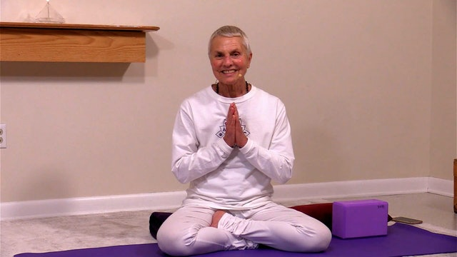 Hatha Yoga - Beginners Level 1: Part 2 of 4 with Satya Greenstone