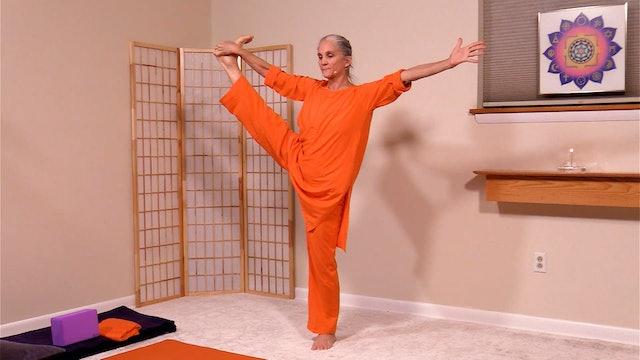 Hatha Yoga - Level 2-3 Strength and Flexibility with Saci Murphy