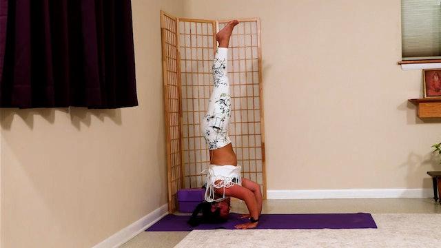Hatha Yoga - Level 3: Core and Inversions with Rukmini Ando