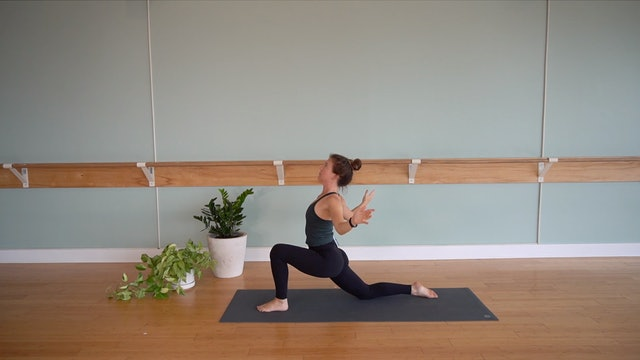 Dynamic Vinyasa Flow with Jillian McAfee (Level 2)