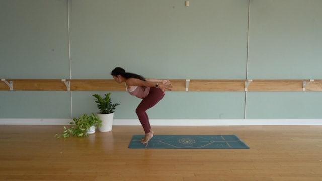 Short & Spicy Flow with Yvonne Rodriguez (Level 2)