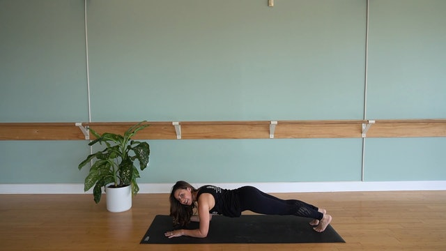 Express Pilates Mat with Maria Leek (Level 1/2)