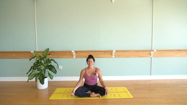 Beginners Vinyasa Yoga with Yvonne Rodriguez (Level 1)