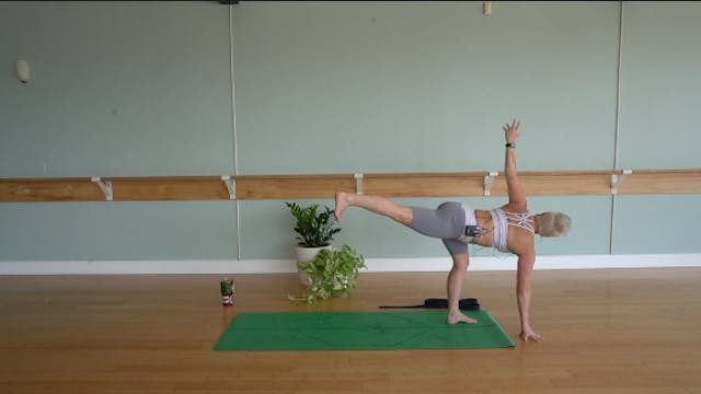Root Chakra Flow with Jill Godwin (Le...