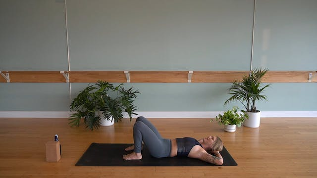 Flow to 8 Angle Pose with Megan Zirke...