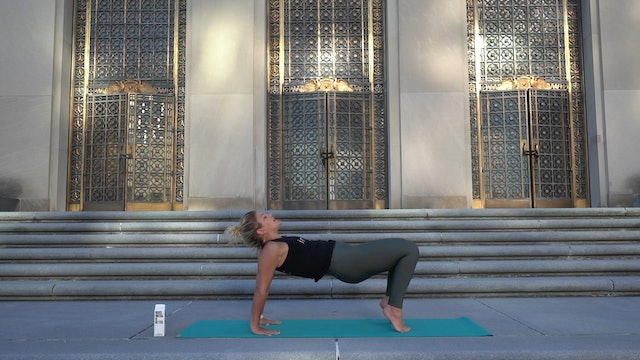 Yoga at the War Memorial with Brooke (Level 2)