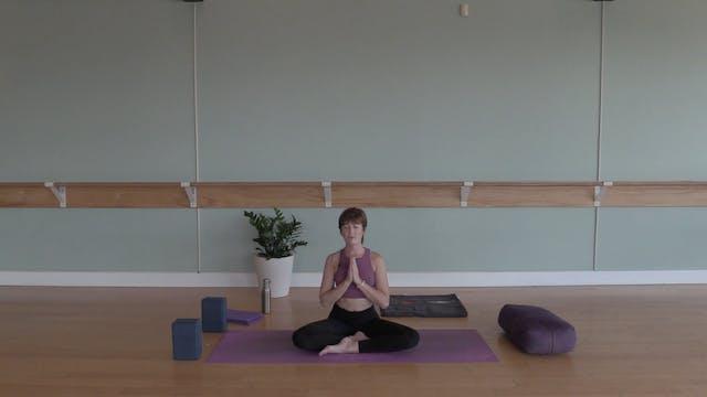 Intro to Yoga #1 with Bekah Pollard (...