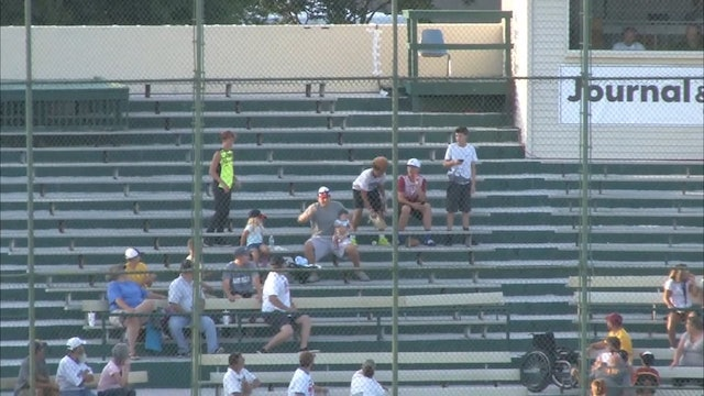 2018 GLWS Fan catch in the stands