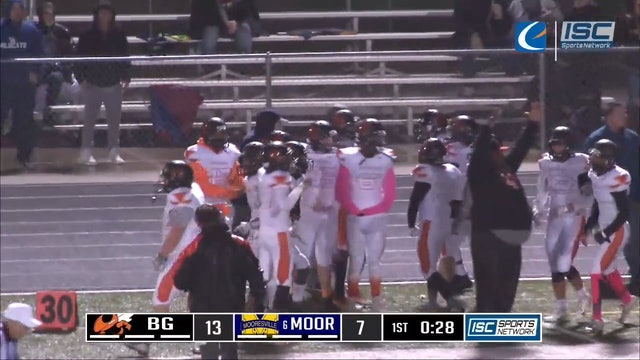 2018 FB Beech Grove at Mooresville TD pass 4WRD