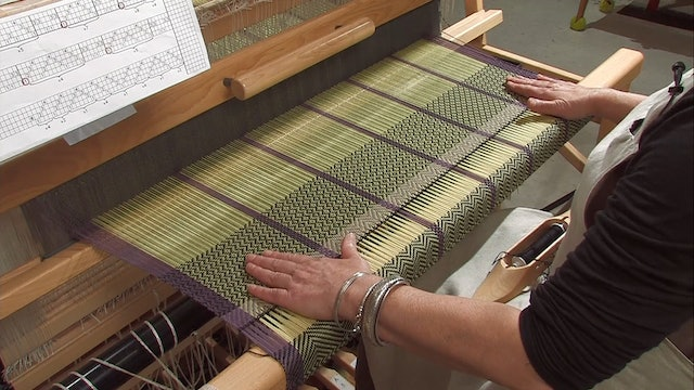 4.4.2 - Point Twill At The Loom