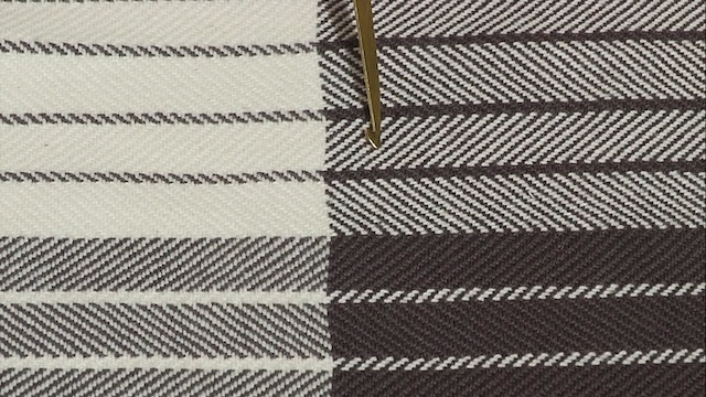 4.1.5 - Simple Two Stripe Sample at the Table