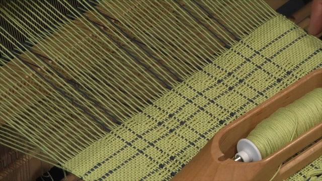 5.5.2 - Swedish Lace at the Loom